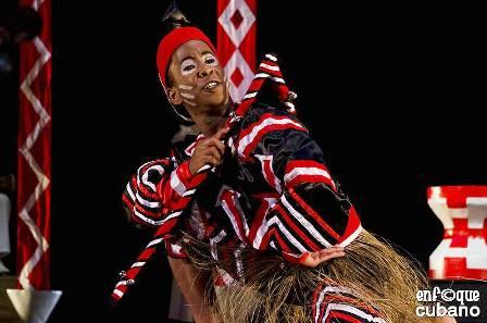 El Conjunto Folklórico Nacional de Cuba despliega una variedad de coreografías fieles a los ritos ancestrales. Foto: Enfoque cubano. Gentileza CFN.